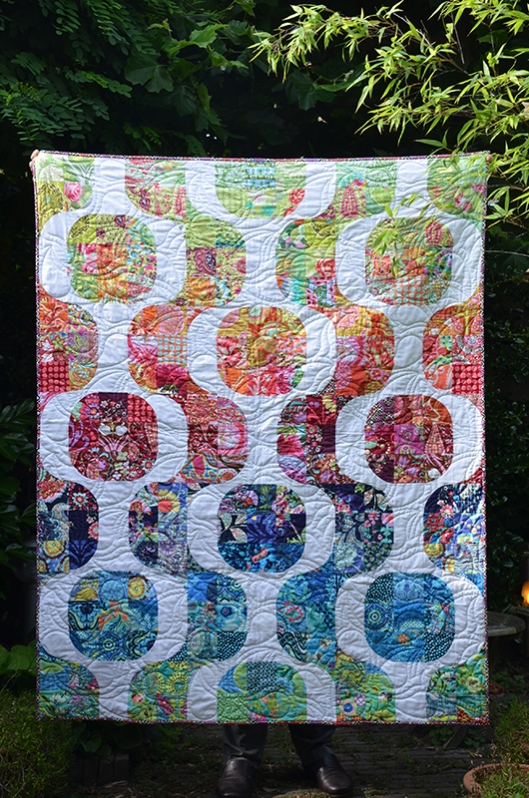 Amy Butler Mod Pop quilt finished 2